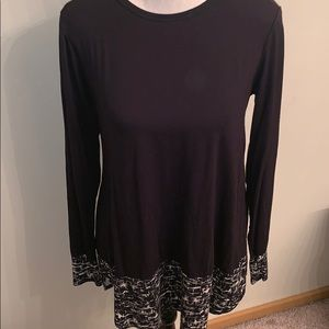 High Low Tunic With Patterned  Bottom and Cuffs